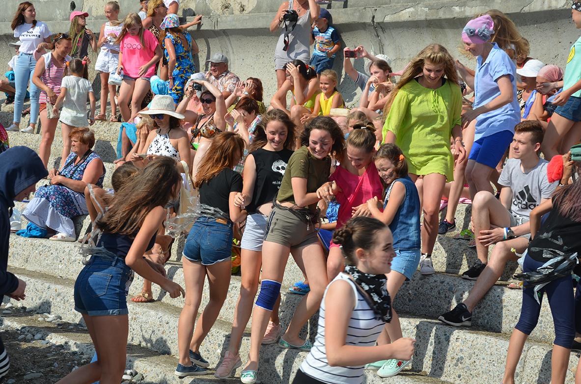 В г.Гагра Республики Абхазия с 01 по 12 июля 2017г. завершился ещё один этап IV Международного фестиваля-конкурса детского, юношеского и взрослого творчества «Страна души».