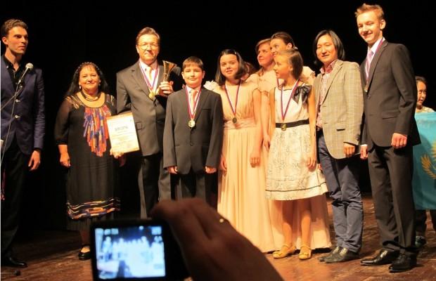 Ура! Победа хоровой студии «Алфавит» Grand prix! фестиваля»Флорентийская весна»2014